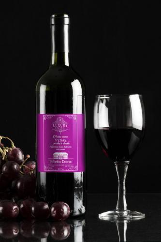 Etiketė vynui